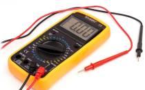 Как прозвонить провода мультиметром в автомобиле